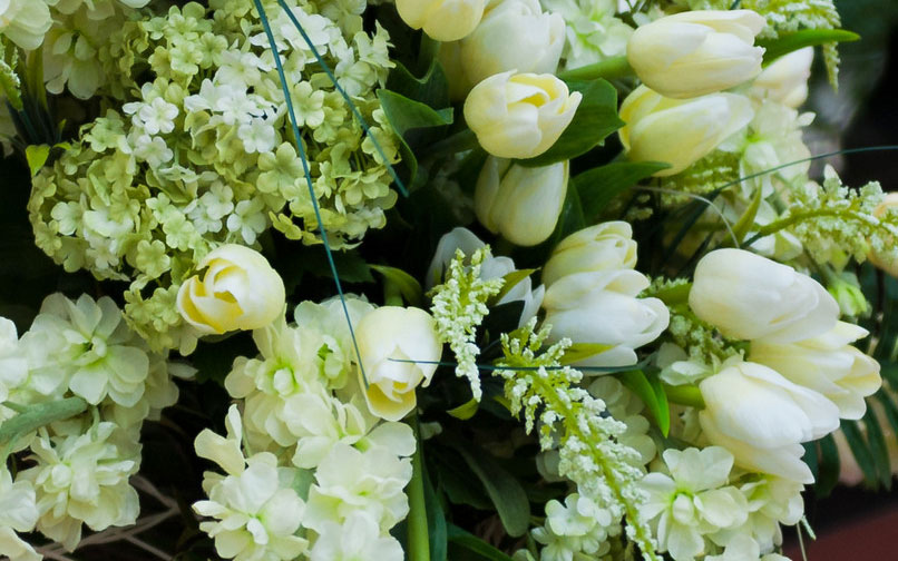 Sympathy Flowers and Funeral Flowers